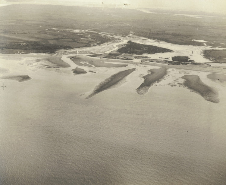 s_pagham-harbour_entrance-at-low-water-spring-tide_may-1950